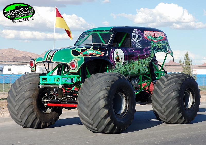 Monster Truck Rc Cars >> Grave Digger XV » International Monster Truck Museum ...